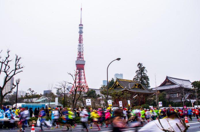 日本ではグロスタイムが公式記録として認められている