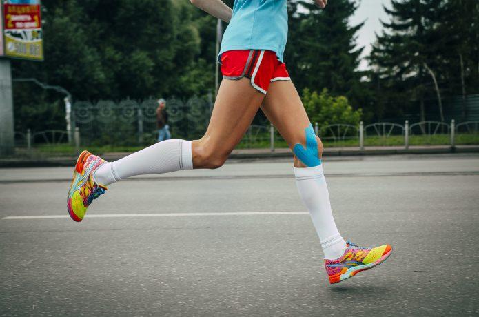 膝の補強を目的としたサポーター