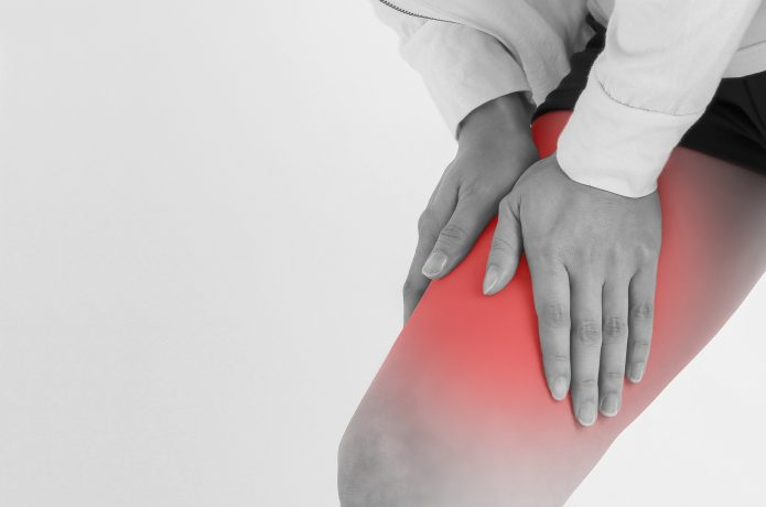 太ももの前が痛くなるのは腰が落ちた走り方をしている