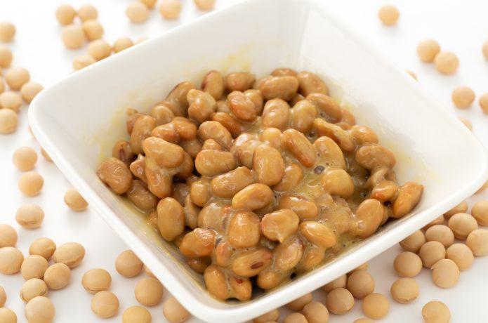 納豆・ヨーグルト・キムチといった発酵食品も取り入れる
