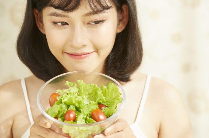 野菜を先に食べて血糖値があがるのを防止する