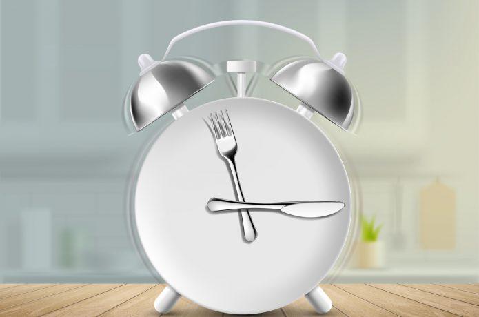 食べる時間を意識する