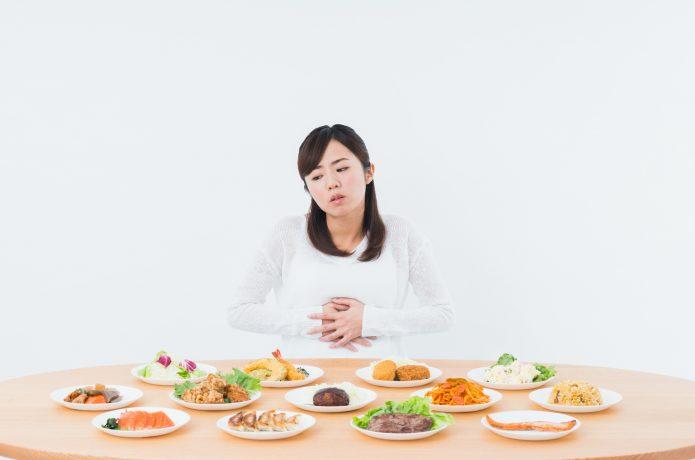空腹状態の女性
