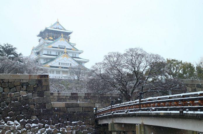 冬の大阪城 雪