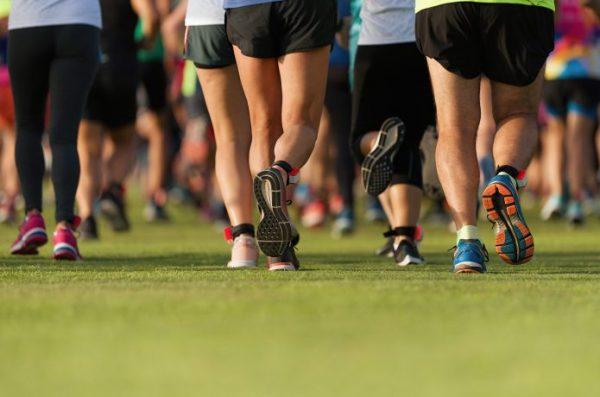 ランナーの足 マラソン大会
