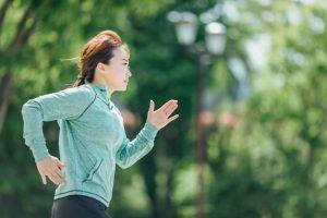 マラソンのトレーニングをするランナー