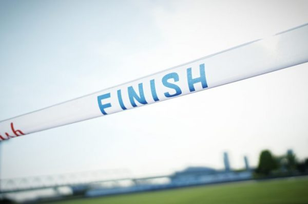 フルマラソンのゴールイメージ