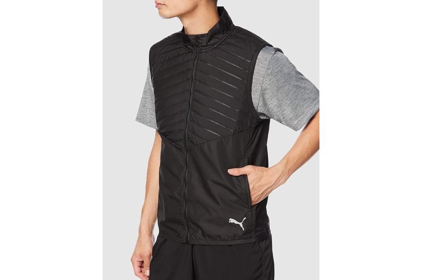 ジッパー付きポケットがあるランニング用のベスト