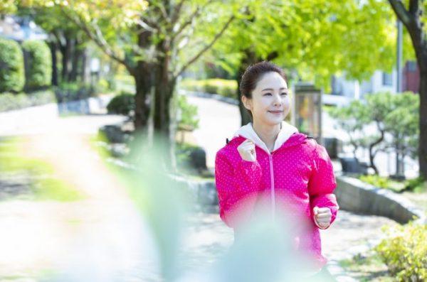 女性ランナー のんびりラン