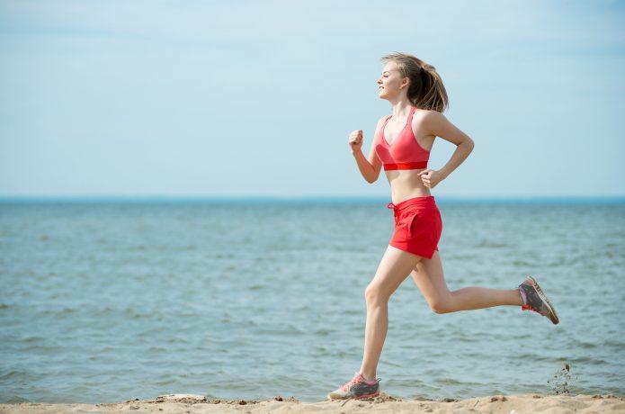 スポーツブラ ランニング 女性