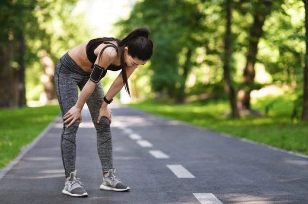 女性ランナー 走りすぎ