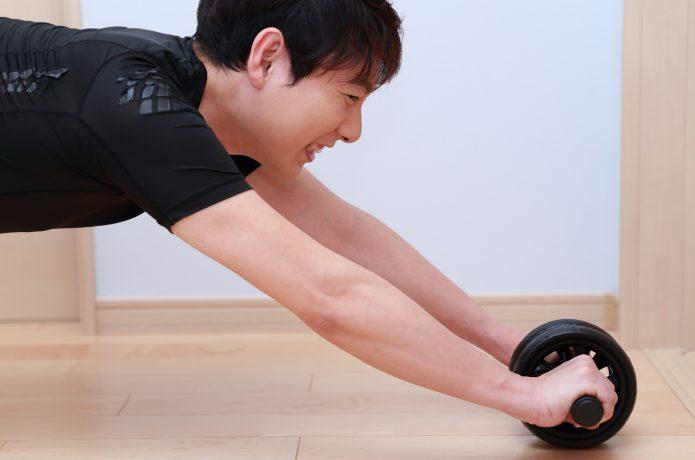 腹筋ローラー トレーニング 男性